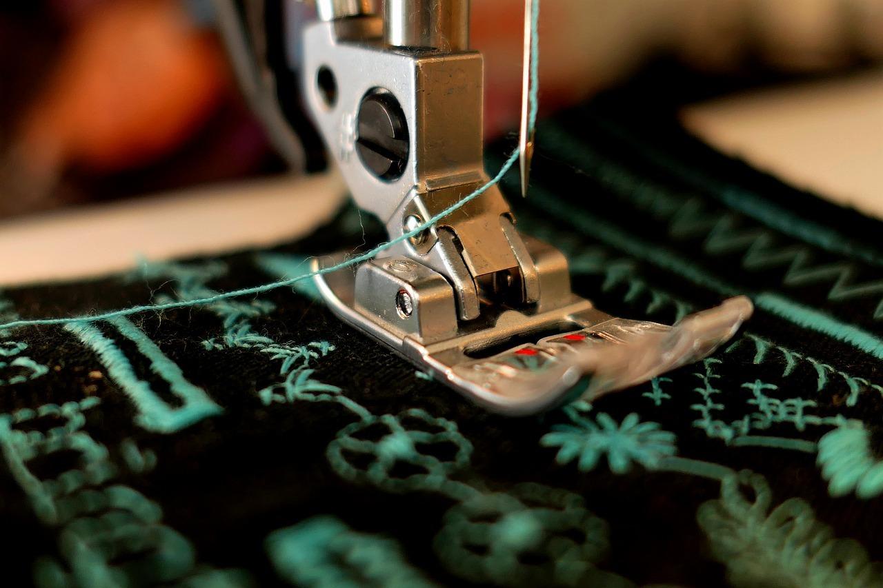 Как да определиш качеството на дрехите шевове и кройка